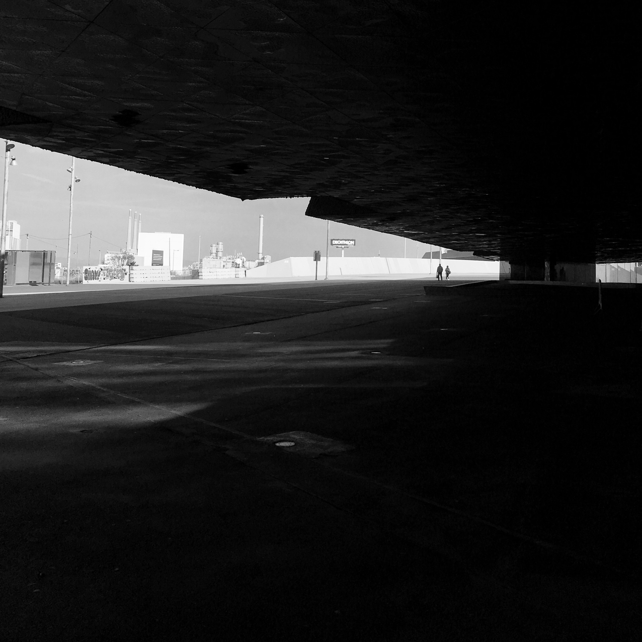 Asfalts, asfalts, asfalts.
